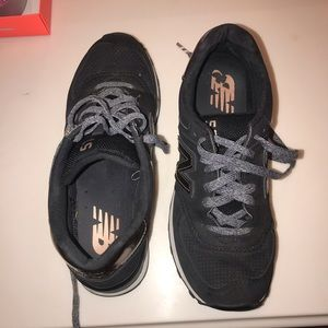 New balance women's shoes 575